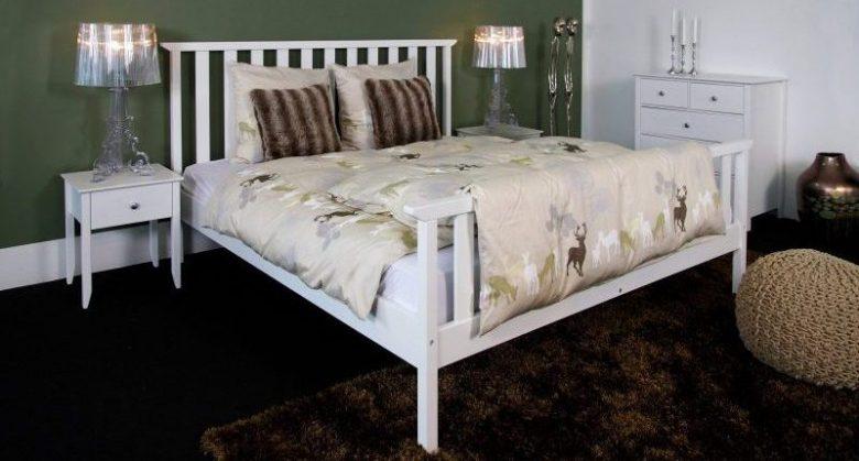 spatiile de depozitare ale noptierelor de pat
