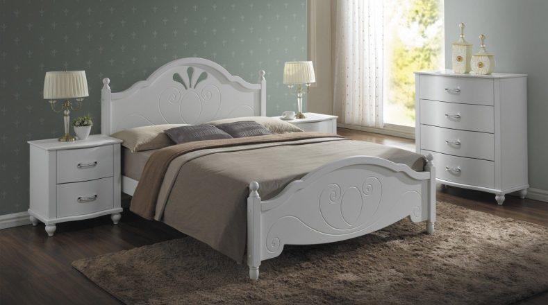 cel mai bun pat din lemn pentru dormitor