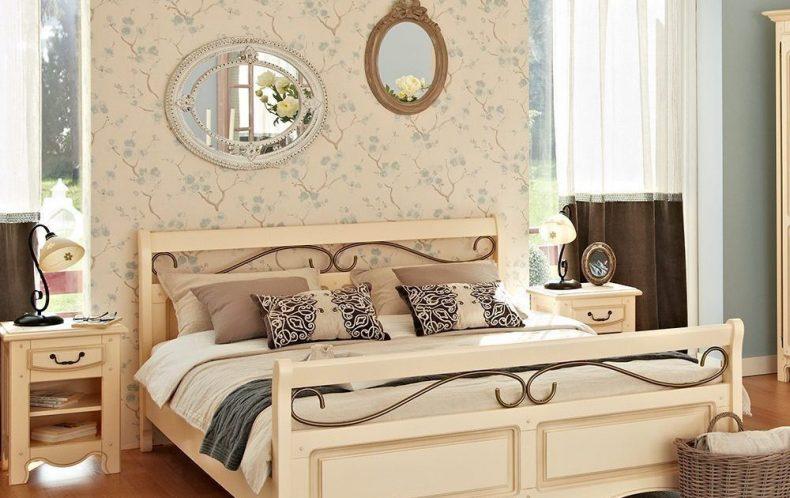oglinzi decorative pentru dormitor