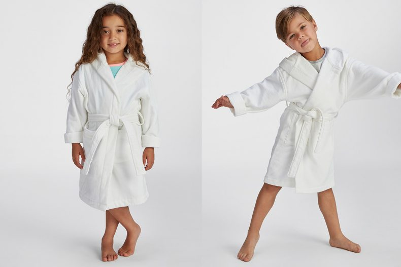 Cum alegi cele mai bune halate de baie pentru copii