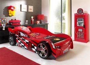 pat pentru copii in forma de masinuta