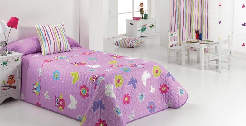 cuvertura matlasata pentru patul copiilor